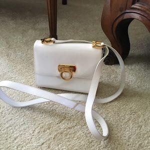 Adorable Ferragamo white leather crossbody bag